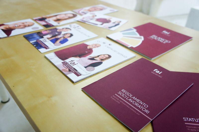Materiali Grafici Aziendali, brochure, bilanci